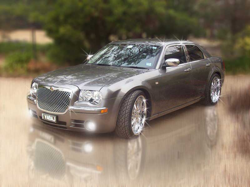 Chrysler 300 Limo Silver. 300c Silver Chrysler Sedan